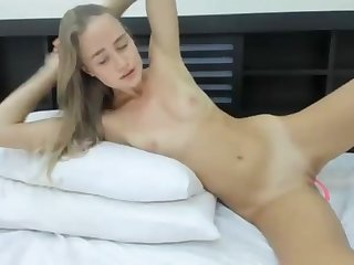 18yo college girl blonde dildos her pussy and cums 10 full video